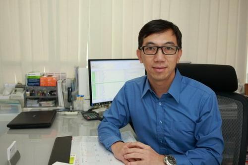 专访香港皮肤科专科医生何家强——尽早控制银屑 降低复发几率