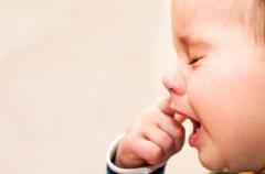 希玛林顺潮眼科医院:孩子出现倒睫会有哪些信号?